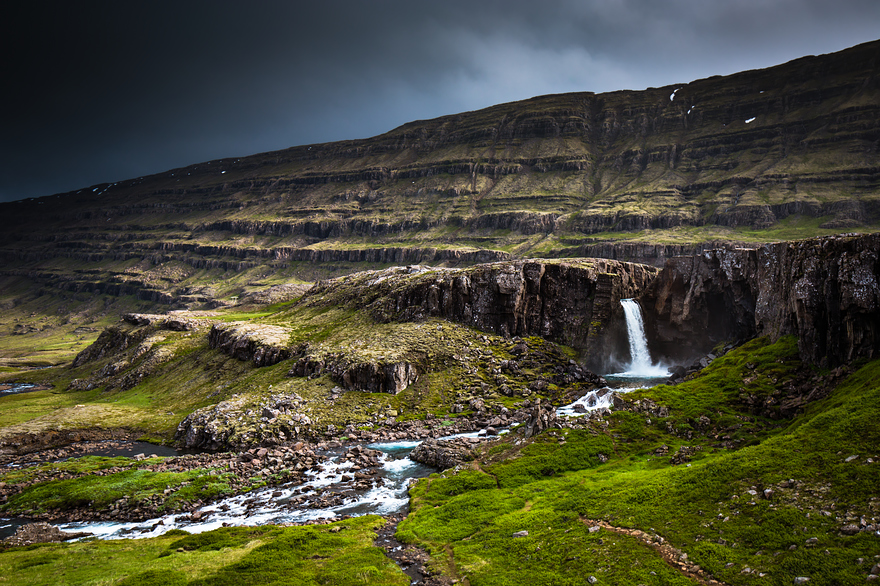 i-fell-in-love-with-iceland-but-its-a-complicated-relationship-17__880