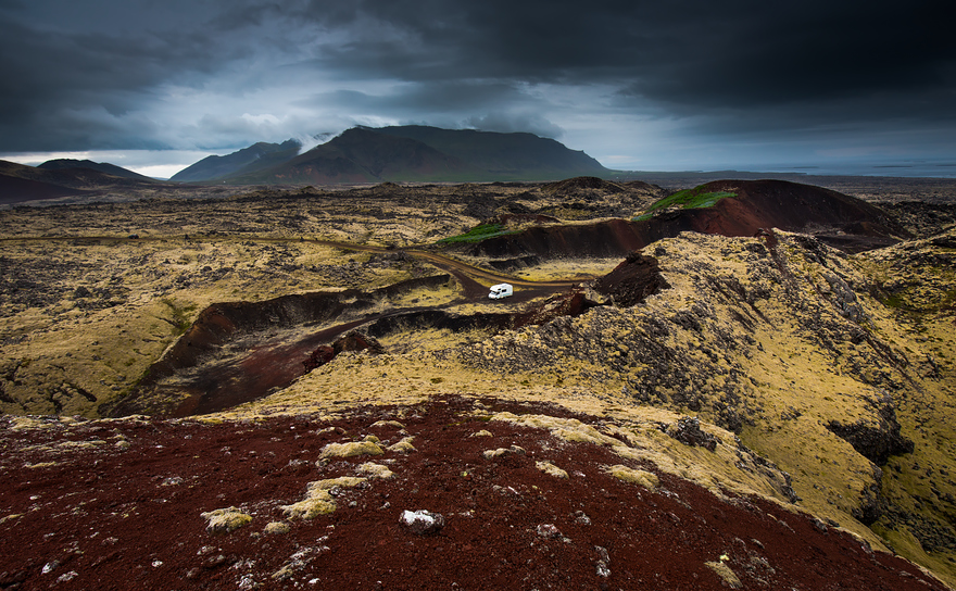 i-fell-in-love-with-iceland-but-its-a-complicated-relationship-20__880